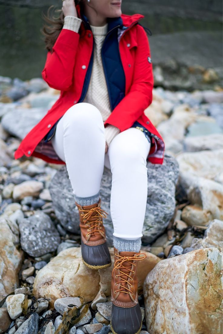 red barbour coat fall ll bean boots white jeans fall preppy look fisherman sweater covering the bases fall fashion 2017 fall fashion outfits 2017 pinterest cute fall fashion outfits tumblr fall fashion 2017 louis vuitton pochette metis