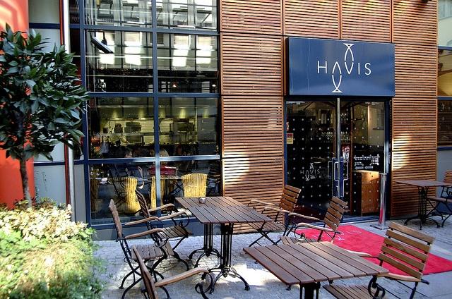 Havis Amanda Restaurant in Helsinki by Visit Finland, via Flickr