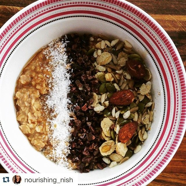 #Repost @nourishing_nish with @repostapp. ・・・ Good morning  | Cacao & Coconut protein #Oats  topped w/ @kurandawholefoods muesli, cacao nibs & desiccated coconut ✨ | School holidays are so so closeeeee  | Have a great Monday all x