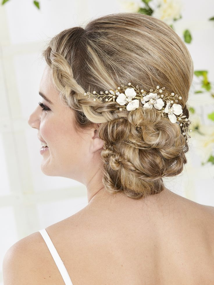 AR558 Musk Rose Hair Comb. Enamelled flowers sit amidst delicate hand wired sprays of pearl and crystal in this stunning hair vine. Ideal for summer weddings this piece can be worn at the top of a veil or in a low up-do.