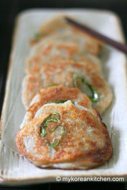 Easy Korean Potato Pancakes (Gamja Jeon) - A Perfect Snack for a Rainy Day