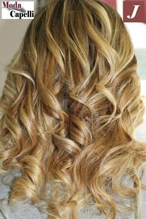 #Starlight pochi gesti ad effetto per far risplendere il tuo colore. #modacapellirosa #potenza #cdj #degradejoelle #tagliopuntearia #degradé #welovecdj #igers #naturalshades #hair #hairstyle #haircolour #haircut #fashion #longhair #style #hairfashion