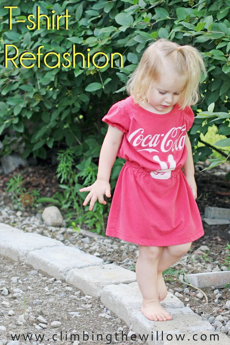Today, as part of Refashion Month at House of Estrela , I have a free tutorial for turning an oversized t-shirt into a dress or tunic u...