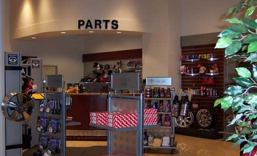 toyota auto parts showroom google search alsaji show rooms pinterest accessories. Black Bedroom Furniture Sets. Home Design Ideas