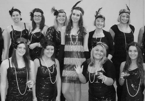 hen party theme 1920s flapper girl theme party flapper fancy dress costumes. 20s fancy dress costumes.