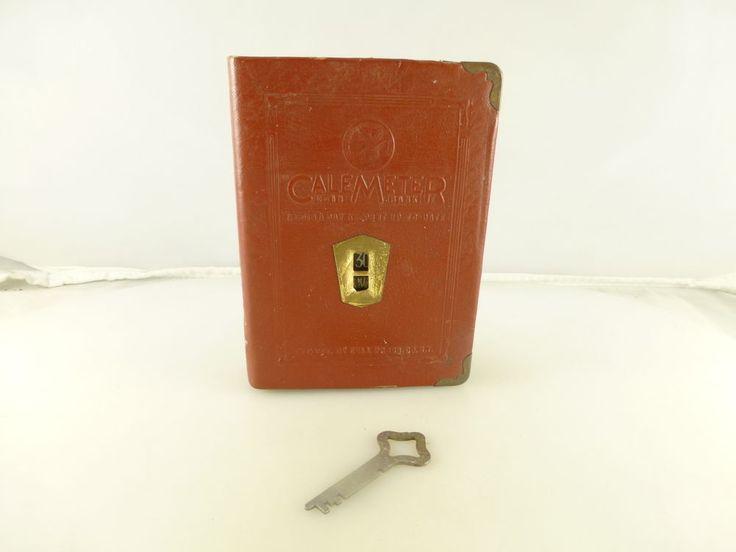 Risultati immagini per book key-shaped