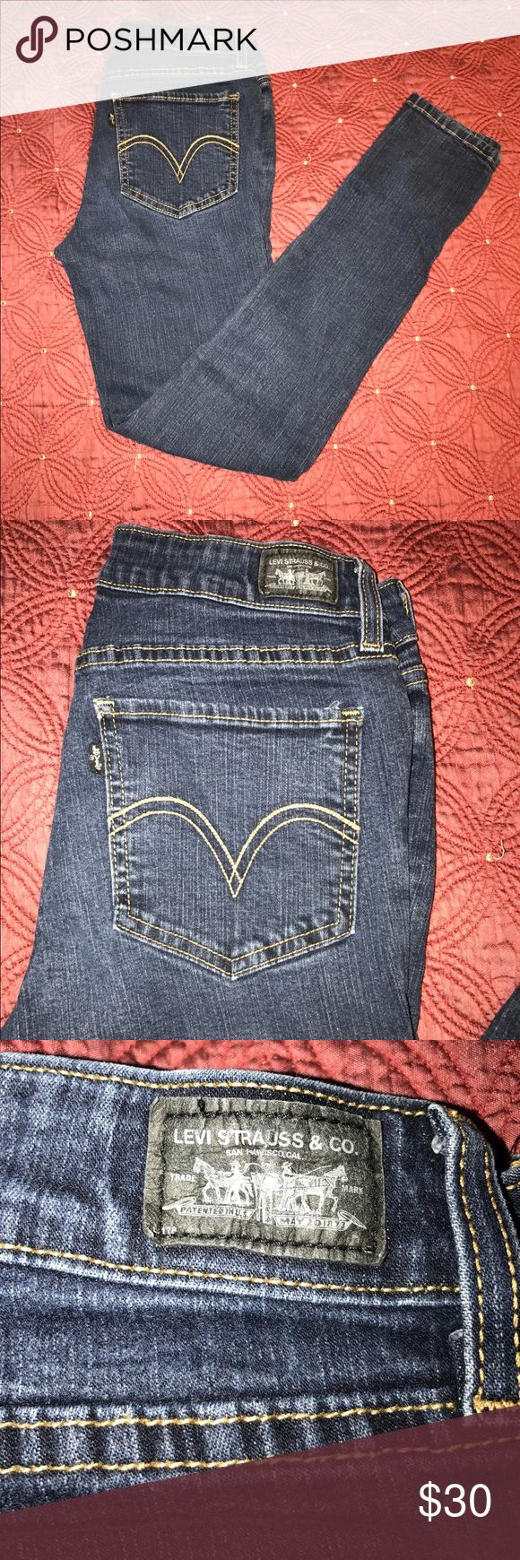 Women's Dark Wash Levi's Jeans size 11M These are size 11M dark wash jeans. They are pre owned but in great condition. Levi's Jeans Skinny