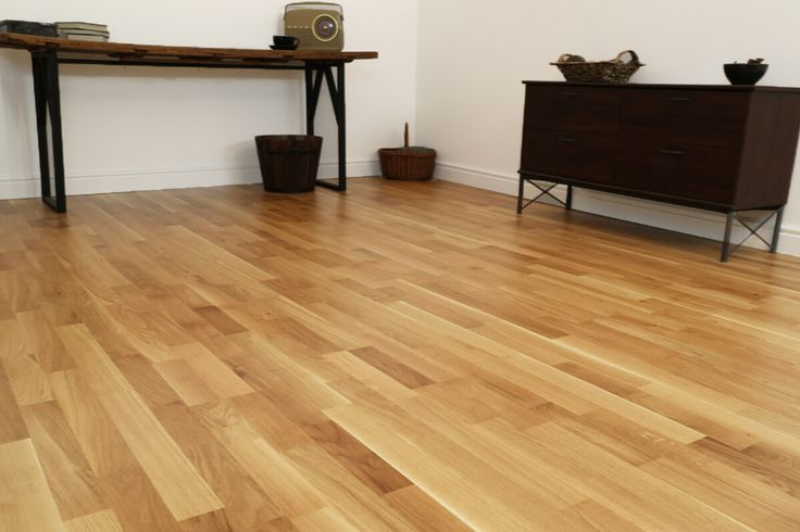 AKCE ! SLEVA 25% Třívrstvá dřevěná podlaha - parketový vzor  https://podlahove-studio.com/parketovy-vzor/1230-dub-living-matny-lak-trivrstva-drevena-podlaha.html
