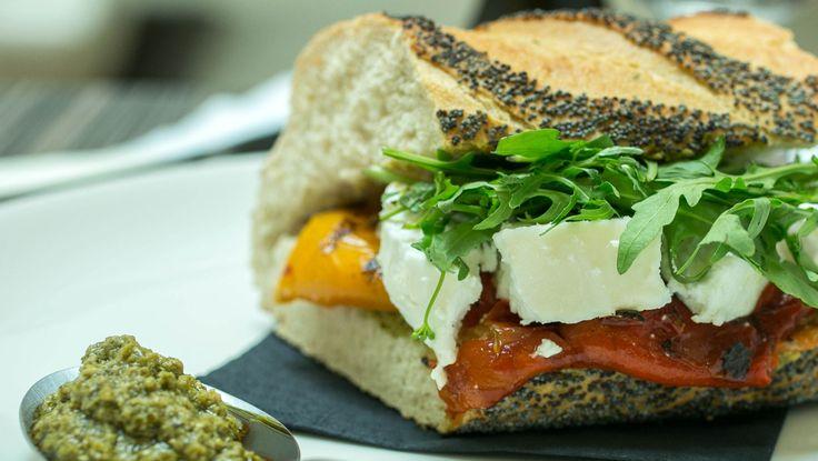 Konrády-szendvicsek http://egyeletstilus.hu/bejegyzesek/1034/angolos-steak-szendvics