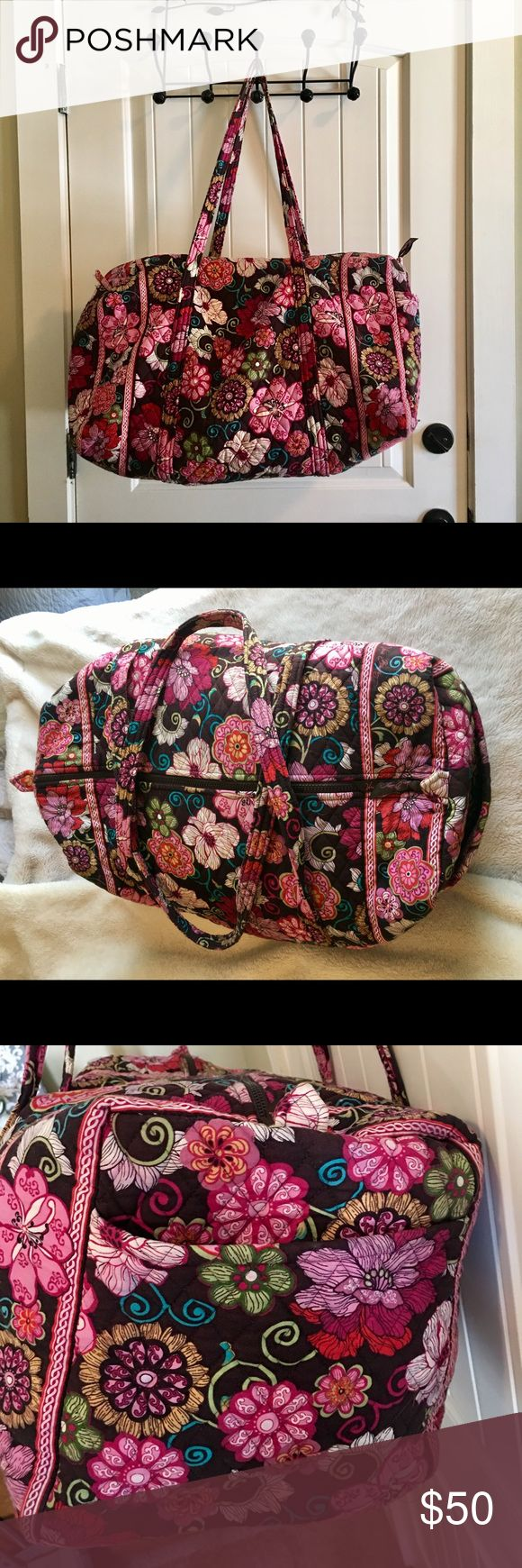 Vera Bradley Large Duffel Travel Bag Vera Bradley Large Duffel Travel Bag in Mod Floral Pink print. Perfect bag for going on trips or just for the weekend. Vera Bradley Bags Travel Bags
