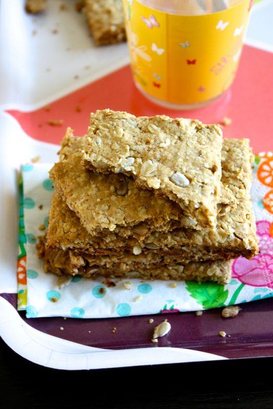 Crackers aux flocons d'avoine et aux graines de tournesol