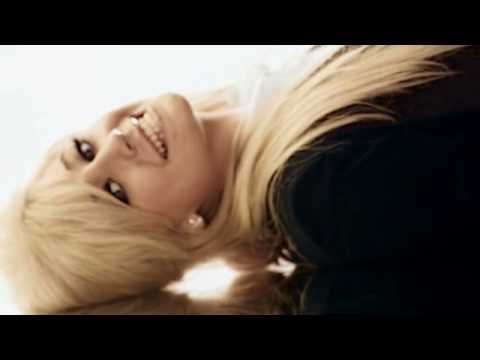 Music video by Pixie Lott performing Gravity. (C) 2009 Mercury Records Limited