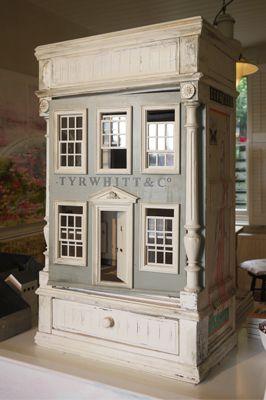 Jessica Zoob's dolls house