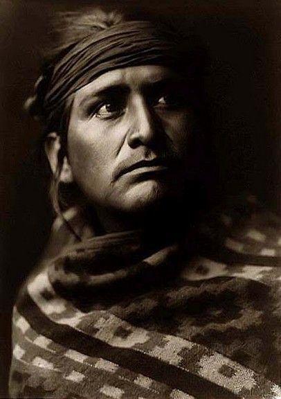 Navajo man, 1904, Edward S Curtis. Stunning picture