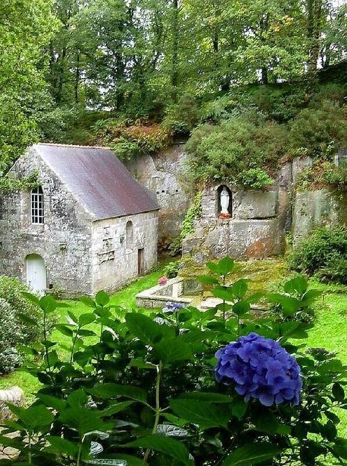 Notre Dame-de-la-Fosse, Bretagne,FranceSecret Gardens, Favorite Places, Little House, Brittany France, Notre Dame De La Foss, Weightloss, Notre Damedelafoss, French Cottages, Stones House