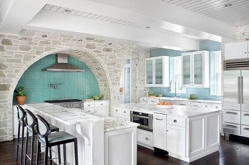 Arch envy.Dreams Kitchens, Blue, Stones Wall, Colors, Dreams House, Tile, Arches, White Cabinets, White Kitchens