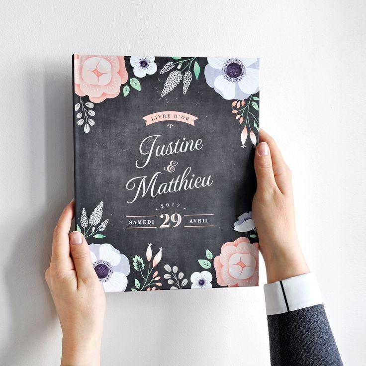 Chez Print Your Love, on vous propose de beaux livres d'or à couverture rigide (30 ou 60 pages au choix) que vous pourrez personnaliser à votre image. Collection Ardoise Fleurie avec des anémones. #mariage #champêtre #fleuri #fleurs #anemone #ardoise #chalkboard