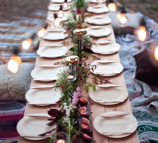 Yeti and the Beast set out reclaimed wood serving trays with bamboo plates and utensils to & 104 best Disposable Tableware for a Super Chic Party images on ...