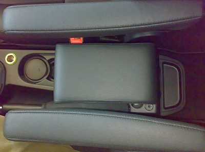 FREELANDER 2 (2007-2012) Cubby box with large storage in black Italian Real leather (for Freelander 2 with original armrests at the sits)