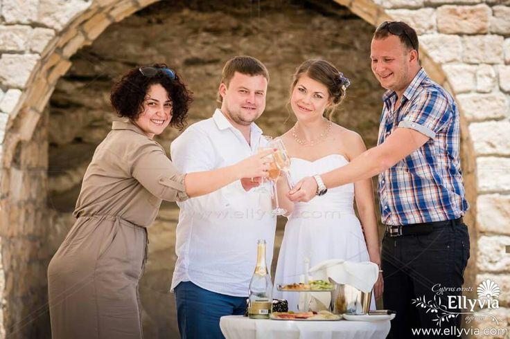 Свадьба на Кипре с Ellyvia Events. Официальная церемония в Садах Афродиты.