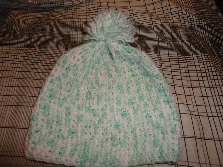 Blanco y verde lana matizada y pompon