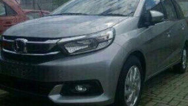 Honda Mobilio Facelift 2017.  #HondaIndonesia #Honda #mobilio #hondamobilio @otoJOURNEY