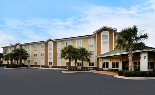 BEST WESTERN PLUS Wilmington/Carolina Beach - Wilmington Hotel Pictures - Travelocity