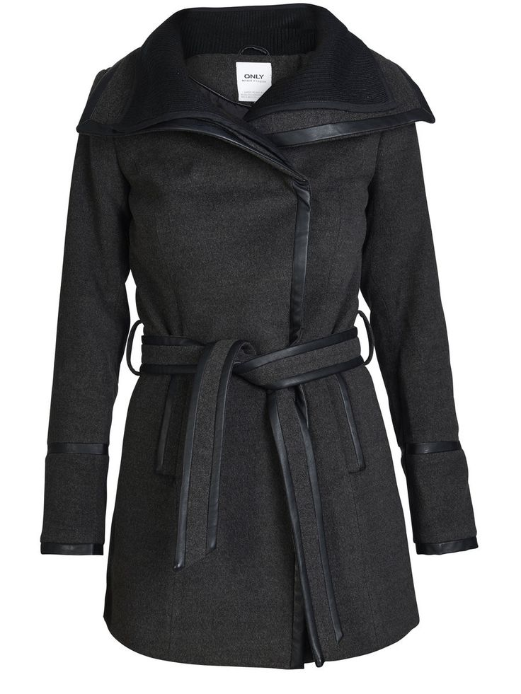 Helen Contrast Coat   27 Boutique This coat with a double collar from ONLY closes with hidden press buttons, and is super cozy-perfect for the fall and winter seasons fast approaching!