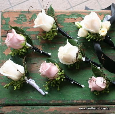 Wedding Onholes