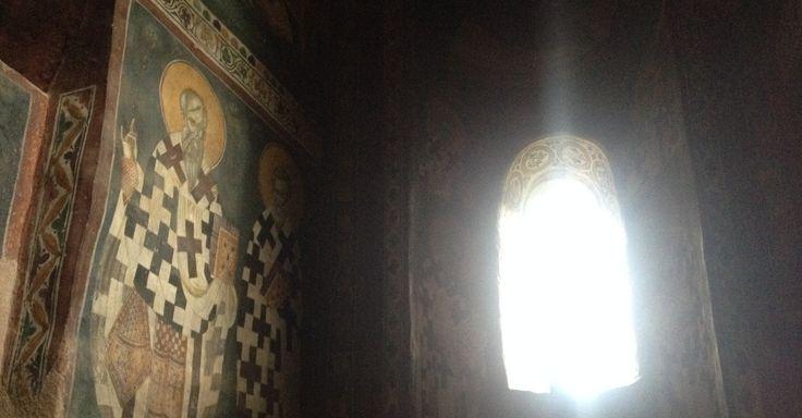Localizado a menos de 30 minutos de Pristina, o mosteiro de Gracanica é um dos mais importantes monumentos da Igreja Ortodoxa Sérvia no mundo