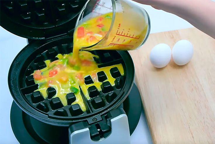 Hvorfor kun bruge dit vaffeljern til vafler? Lad det ikke samle støv i skabet. Det kan uden videre bruges til disse 7 retter og lækkerier.