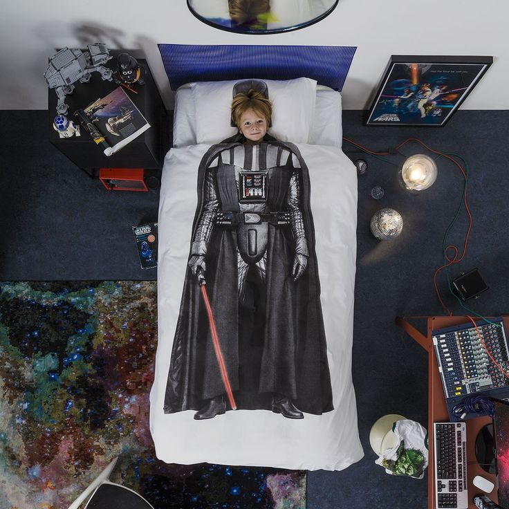 1000 id es sur le th me chambre de star wars sur pinterest salle de star wars chambres et. Black Bedroom Furniture Sets. Home Design Ideas