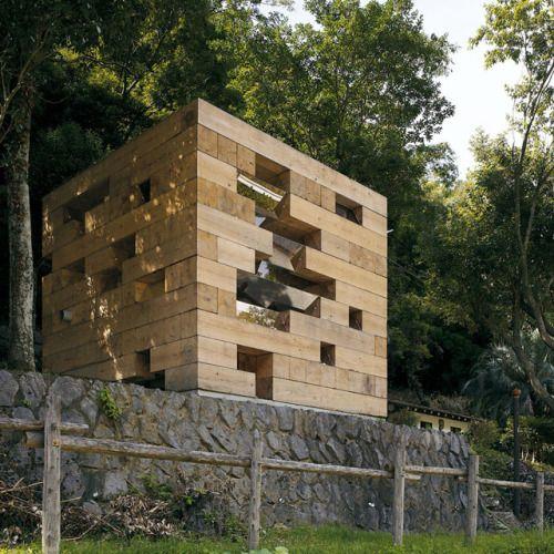 Sou Fujimoto - Final wooden house, Kumamoto 2006