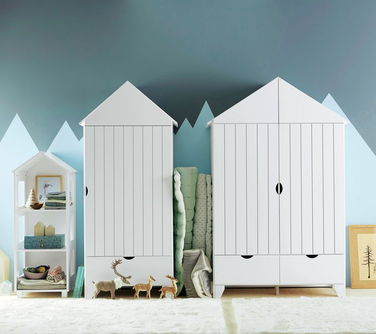 les armoires cabine de plage chambre b b enfant www. Black Bedroom Furniture Sets. Home Design Ideas