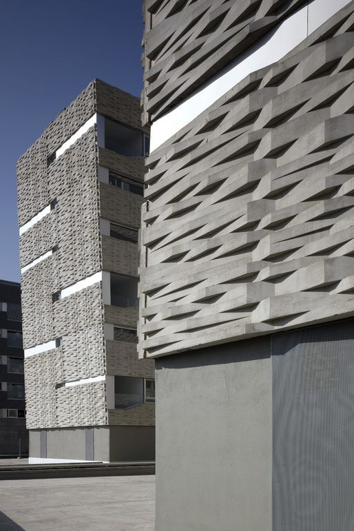 Housing in Madrid by Wiel Arets Architects