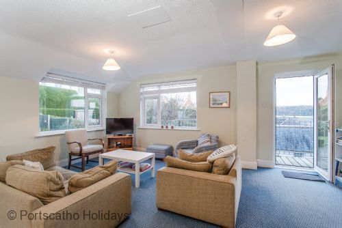 Living room decor inspiration! beach homes!! Upper Warren, St Mawes - Roseland & St Mawes cottages