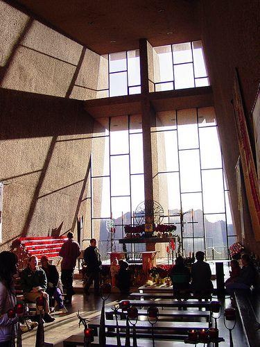 Chapel of the Holy Cross / Richard Hein