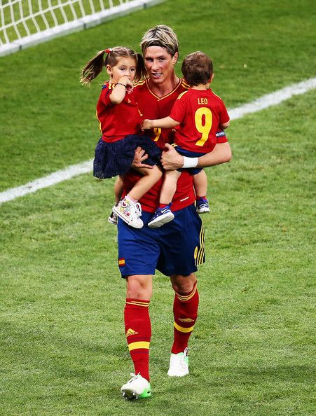 | Euro 2012 final: Spain v Italy - Torres celebrating victory - fernando-torres Photo