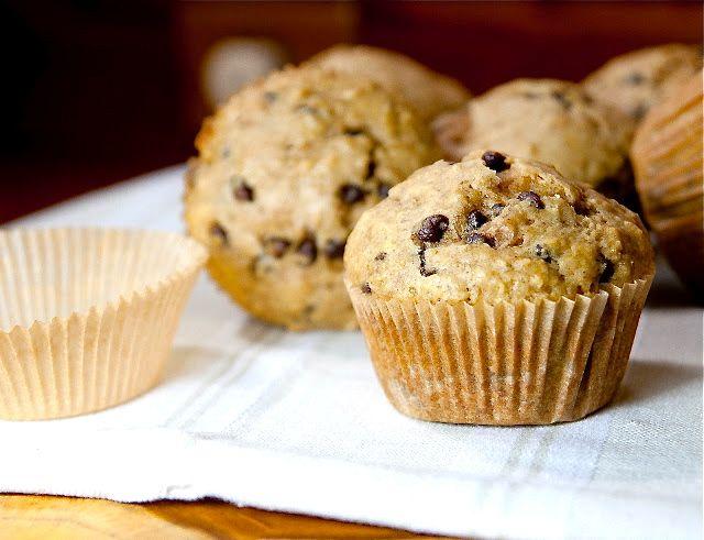 Oatmeal Chocolate Chip Muffins | Breakfast | Pinterest