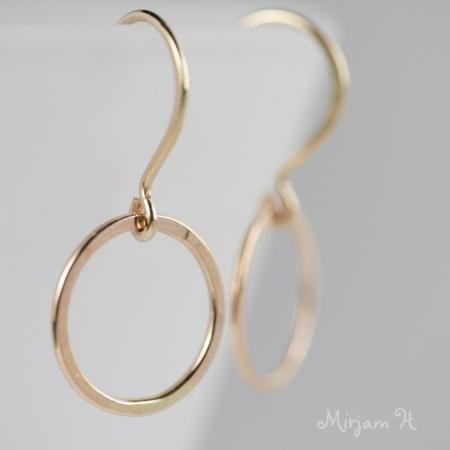 Tynne mini-øreringer - du velger metall og farge - BESTILLINGSVARE