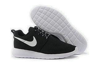 chaussures nike roshe run id homme (noir/blanc/blanc logo) pas cher en ligne.