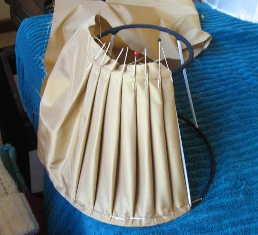 Pleated Lampshade construction photos (not mine but informative)
