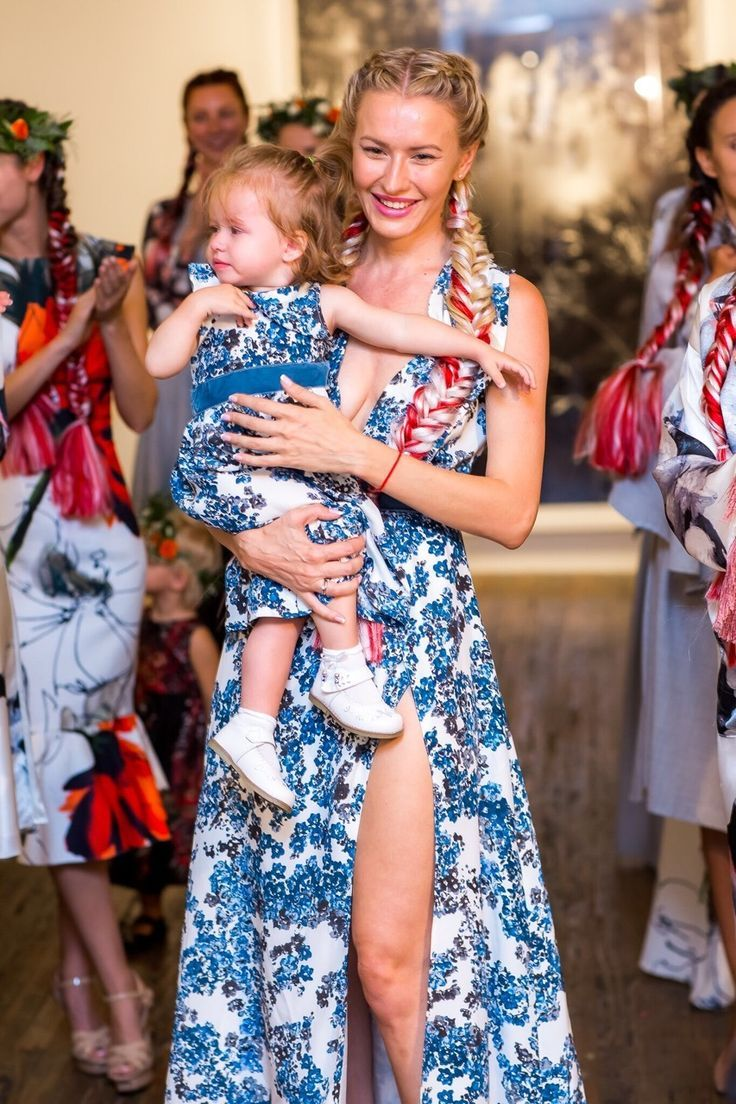 Blue Floral Mother/Daughter Dresses from Ira&Sonya! Big Dreams for Smallest Models!