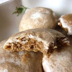 Mon rêve !!! miammmm Lebkuchen Petits pains d'épices allemands A recouvrir de chocolat noir!!