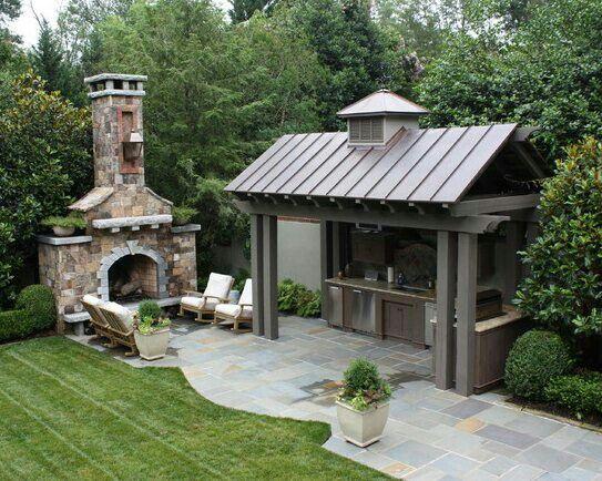 Outdoor bar & fireplace
