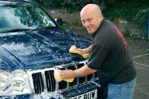 God hygiejne i bilen og i bilvasken. Se de gode råd her:  http://xn--pletvk-tua.dk/rejse-og-mikrobiologi-god-hygiejne-i-bilen/