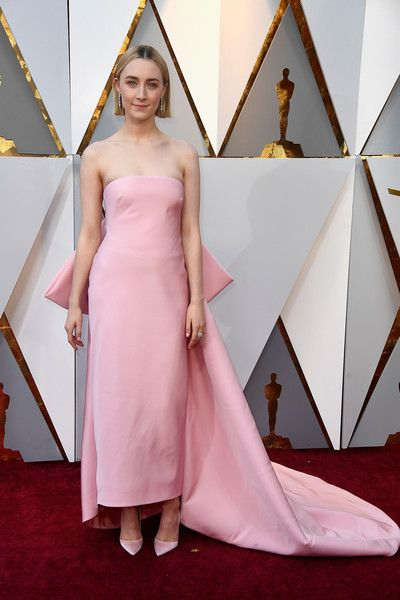 Best Fashion Looks From The 2018 Oscars Red Carpet