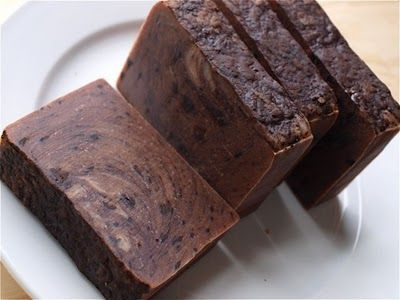 6 Yummy Beginner Soap recipes - small batch recipes for beginners and experimenting. :)