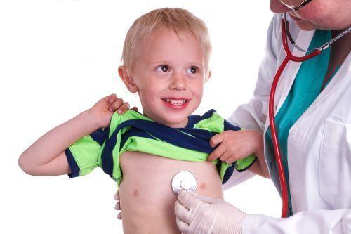 copil_consult_pediatru.jpg (500×333)
