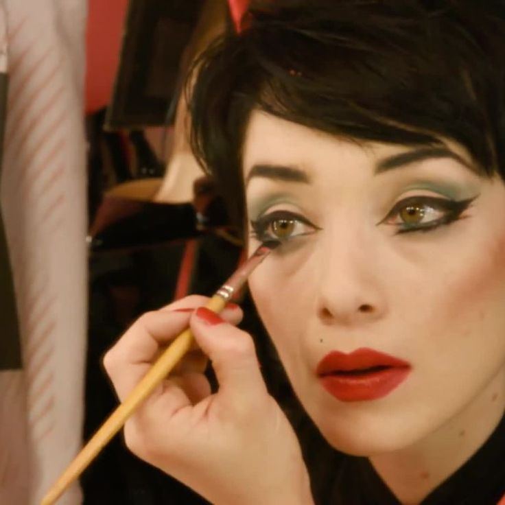 The performers at Crazy Horse Paris share their beauty secrets.